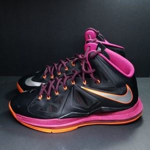 Lebron James, size 12, great condition.